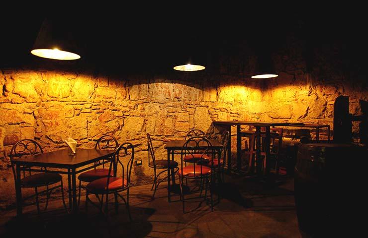 Siete santuarios del aguardiente en La Antigua Guatemala