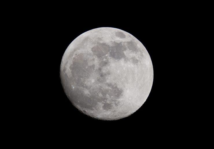 5 formas de aprovechar la energía que da la luna nueva