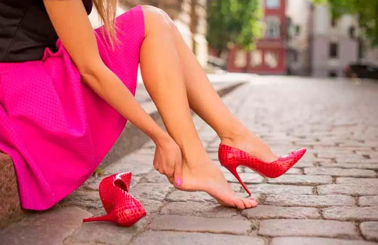5 consejos para que los zapatos de tacón no dañen tus piernas